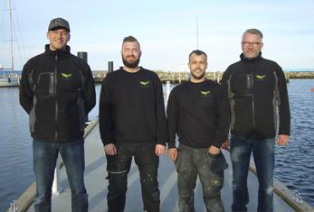 Langballe betonflydebro montage team