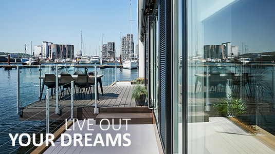 Live out your dreams with a floating house from Zunshine Living