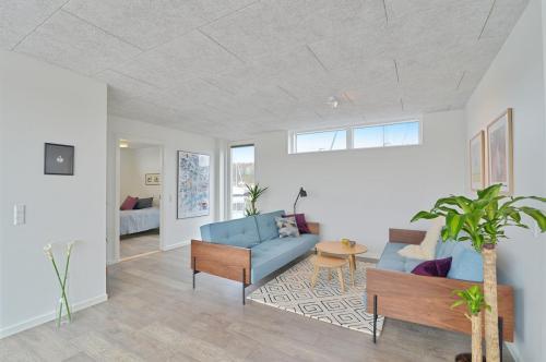 Zunshine Living - Innovation Living sofa-5