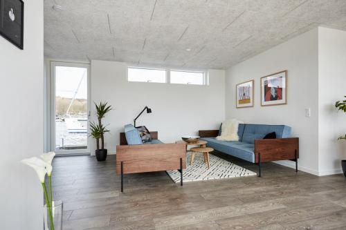 Zunshine Living - Innovation Living sofa