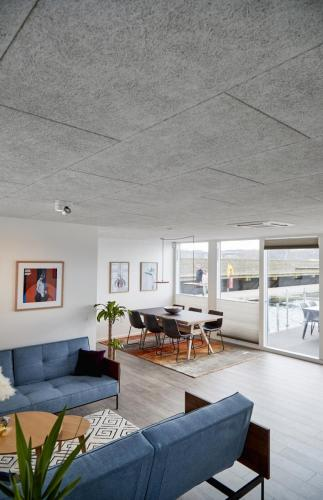 Zunshine Living loft